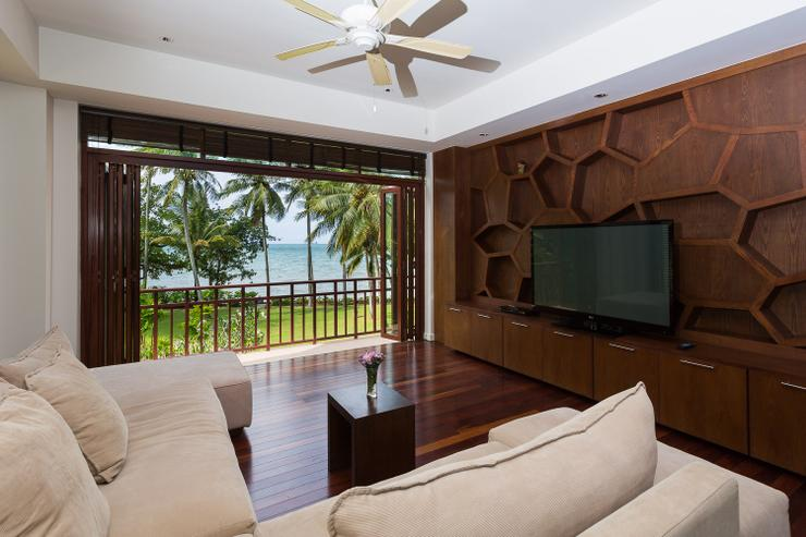 Amatapura Beach Villa Beachfront 12 - image gallery 14