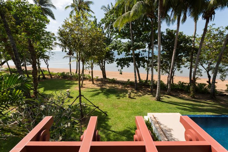 Amatapura Beach Villa Beachfront 15 - image gallery 15