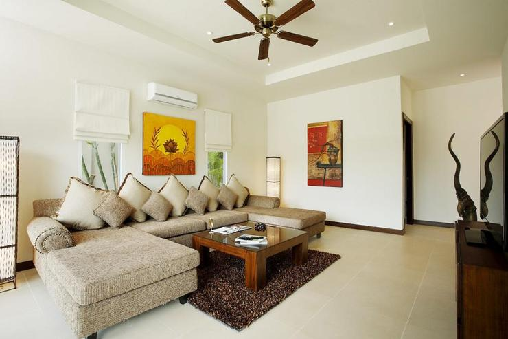 Amber villa (V01) - Second living room, perfect for relaxing and escaping the heat of the day