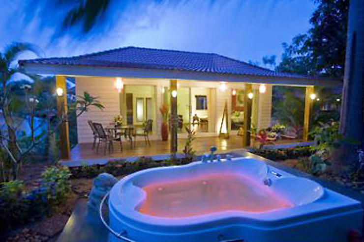 Baan Paradise - Night View