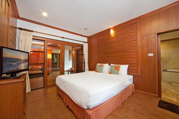 BangTao Tara Villa Three - image gallery 13