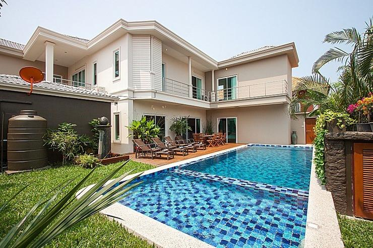 City Haven Villa - image gallery 2