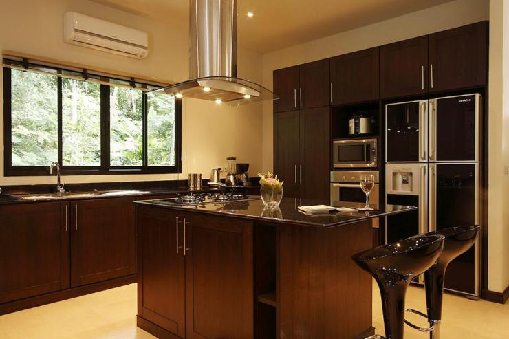 The Western-style kitchen is fully fitted with all appliances