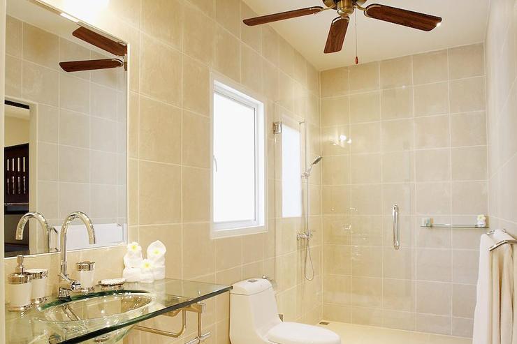 Bedroom 2 en-suite bathroom with large walk-in shower