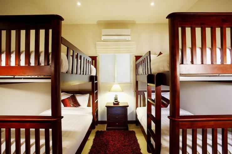 Jade villa (V08) - Bedroom 6 with 2 sets of bunk beds, so great for children wanting to share a room
