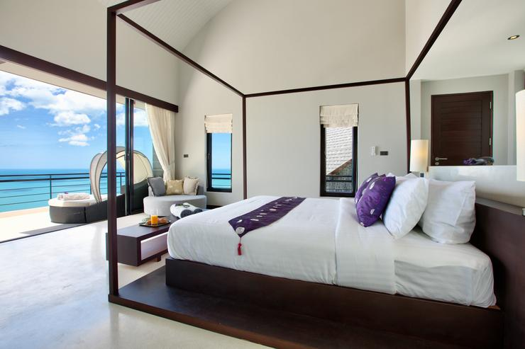Moon Shadow - Master en-suite bedroom with stunning ocean views - perfect