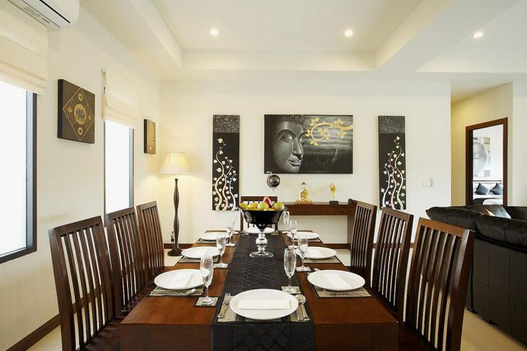 Open plan dining room, perfect for in-house Thai cusine that can be prepared upon request