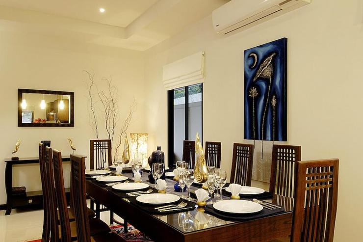 Pearl Villa (V12) - Large teak dining table for 10 guests to enjoy in-house Thai cooking