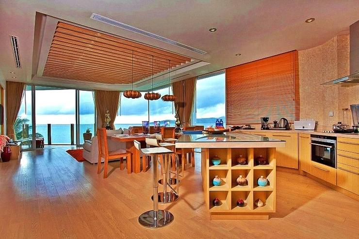 Skybox Beachfront Penthouse - image gallery 15