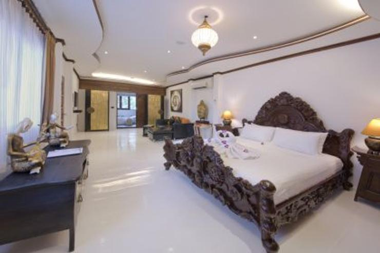 Luxurious Indian Suite Bedroom