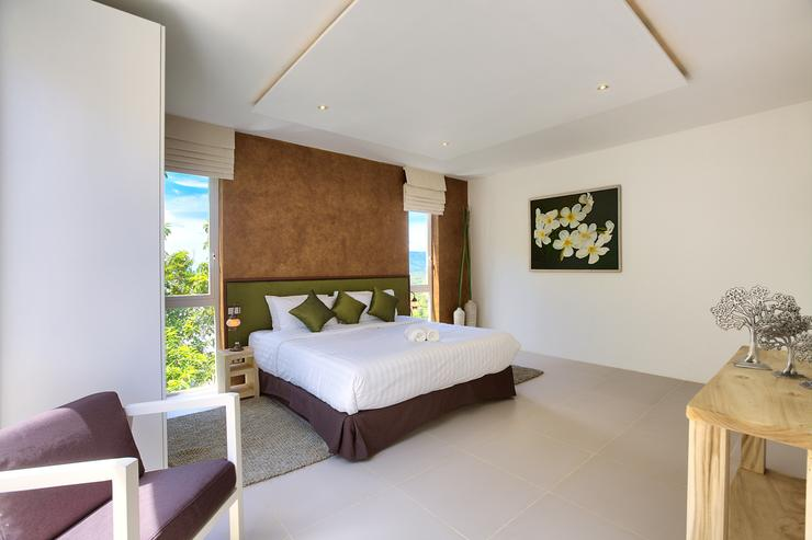 Serene Penthouse - Spacious Master bedroom 2 with en-suite bathroom