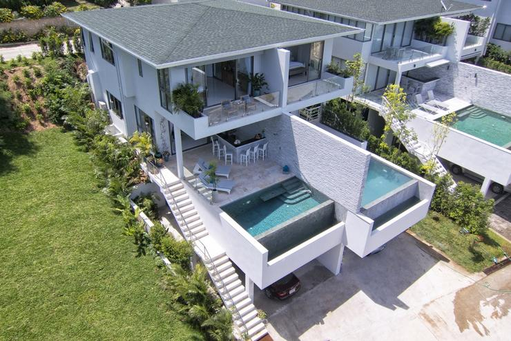 Shades of Blue - Amazing 3 story luxury villa with private pool