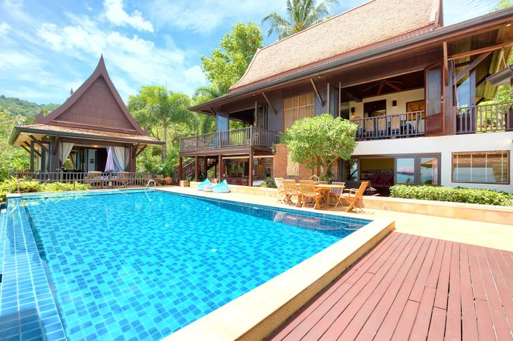 Villa Thai Teak - Stunning infinity edged 11m pool - ample of swimming space for all