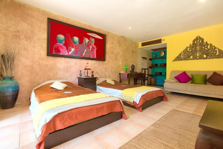 Villa Thai Teak - En-suite Bedroom 5 - twin singles with amazing ocean views