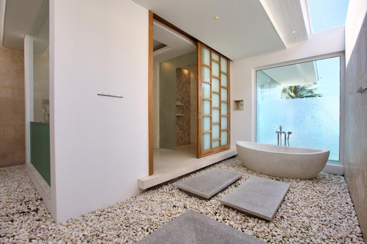 Villa White Tiger - Amazingly designed bathroom with bath, shower, and his & her sink: beautiful