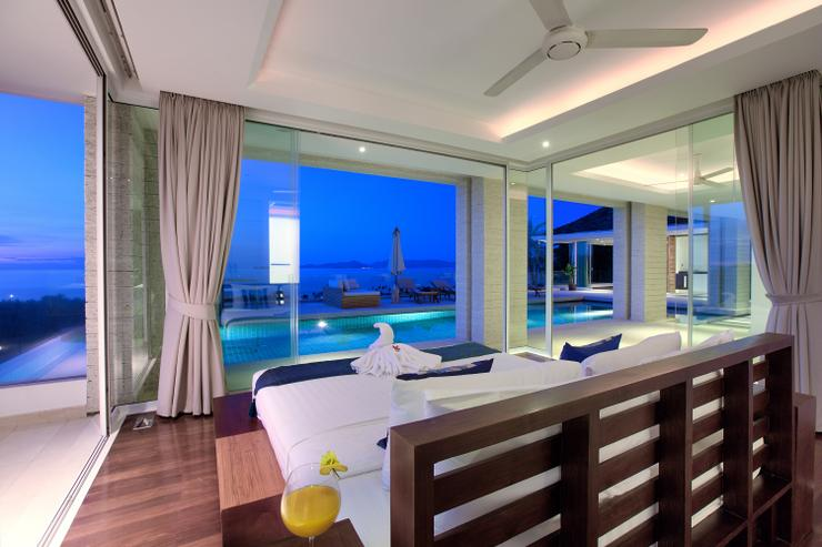 Villa White Tiger - Bedroom 4: en-suite king-sized bedroom with wow factor panoramic ocean-views