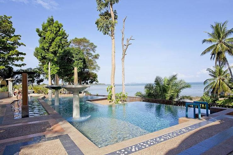 Krabi Beachfront Oceanside Suite - image gallery 1