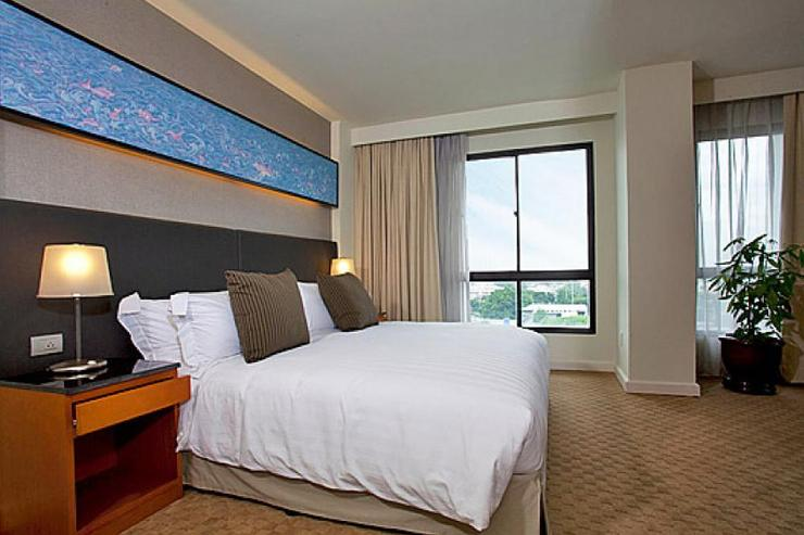 Sathorn 1 Bedroom Suite - image gallery 8