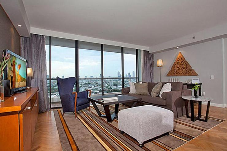 Sathorn 3 Bedroom Suite - image gallery 4