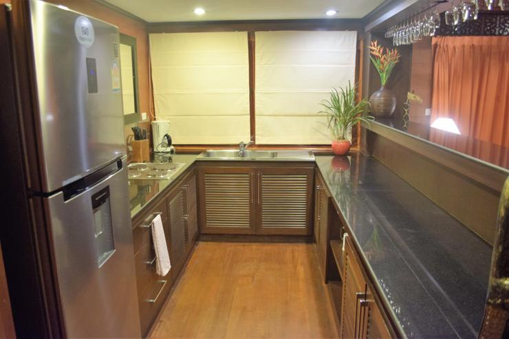 Banyan Villa 3 - Open Plan Kitchen