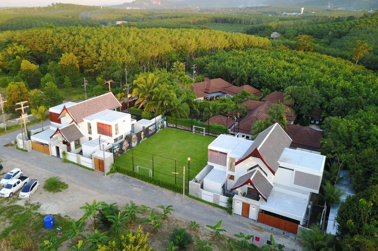 Villa Pablo - Picasso Villas with football pitch