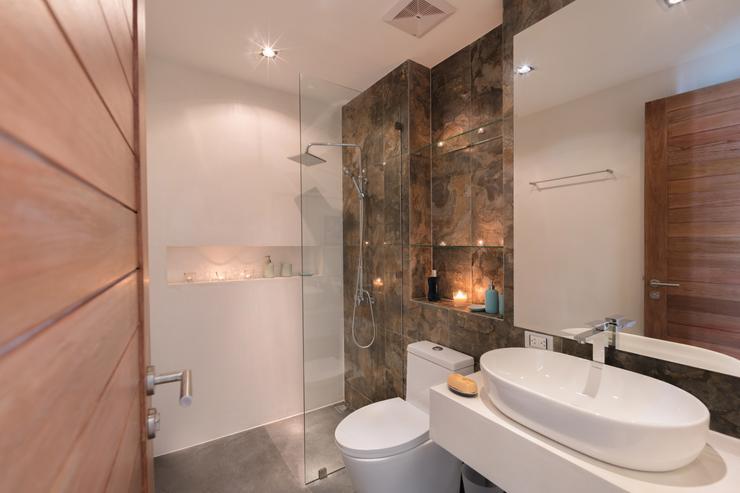 ensuite-bath-room-in-villa-paloma