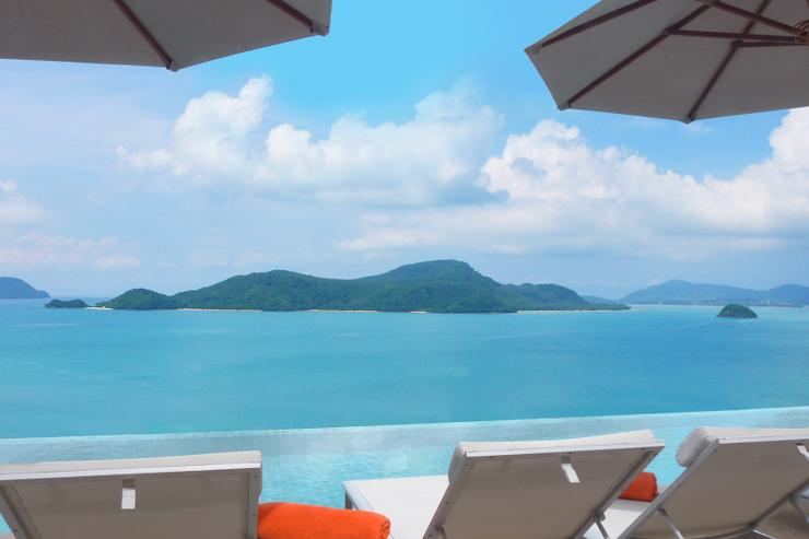 Sri Panwa is widely regarded as the best views in Phuket, and Villa Baan Chirawan gives you 'the best of the best'. Just chill and gaze out over the islands of southern Phuket - heaven!