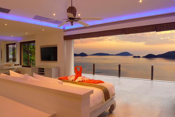 Is this heaven? At Villa Baan Chirawan you'll experience the most breathtaking sea views that can be found in Phuket.