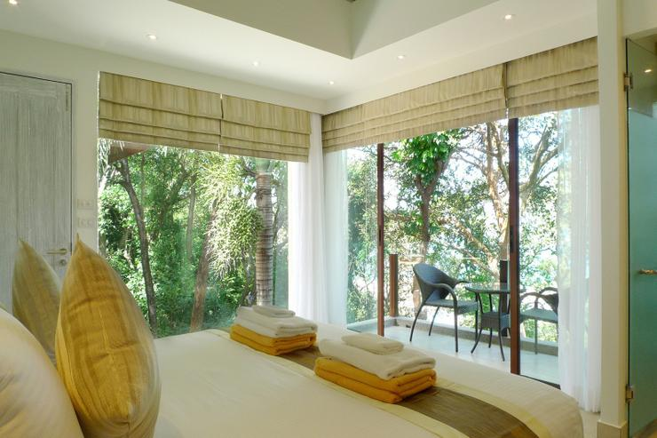 Enjoying over 7 meters of wrap-around windows you will enjoy a panoramic views of the sea and also the lush tropical forest of Sri Panwa. Simply stunning.