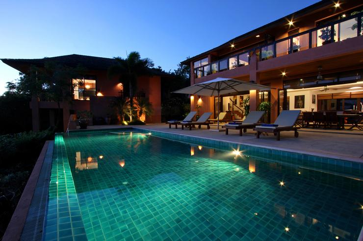 Baan Chirawan - The villa is the perfect place to hold an evening BBQ and pool party, watching the glittering lights of distant boats, islands and stars.