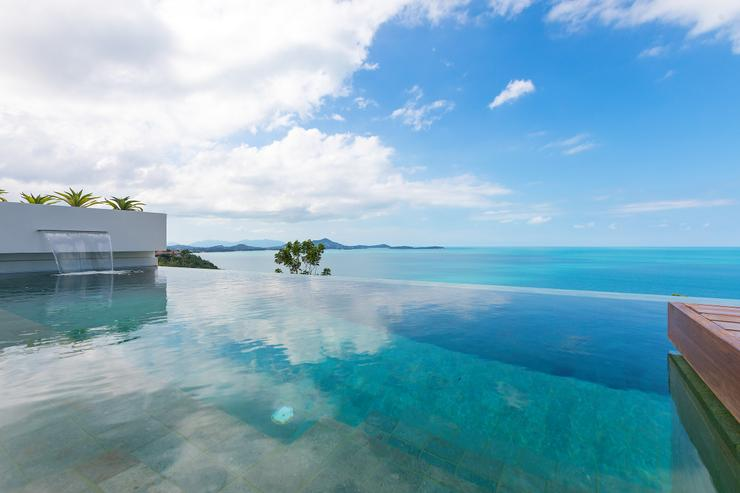 "Villa Veasna - Vila Veasna - Infinity edge swimming pool designed for a ""total scenery immersion"""