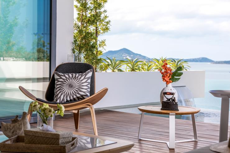 Villa Veasna - Rest your mind and unwind in the luxury living of the villa