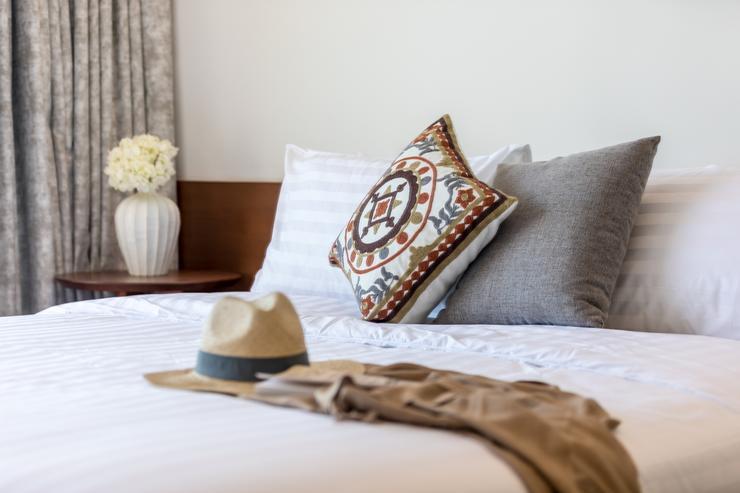 Villa Veasna - Relax on soft white linens