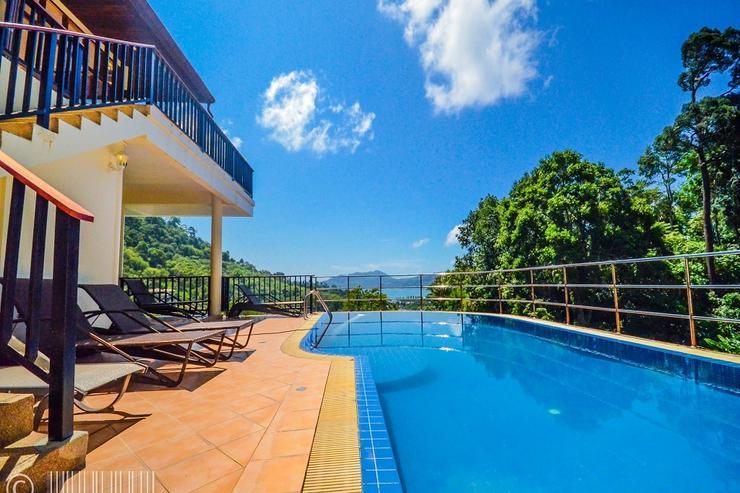 Villa Paradise Hills 13