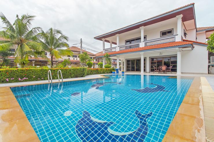 Villa Garden Oasis