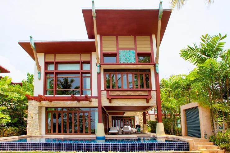 Amatapura Beach Villa Beachfront 6 - image gallery 6