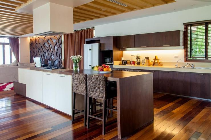 Amatapura Beach Villa Beachfront 6 - image gallery 18