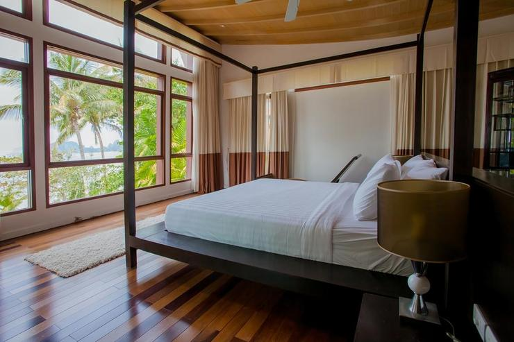 Amatapura Beach Villa Beachfront 6 - image gallery 29